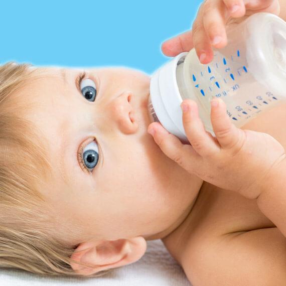 come scegliere acqua minerale per neonati e lattanti