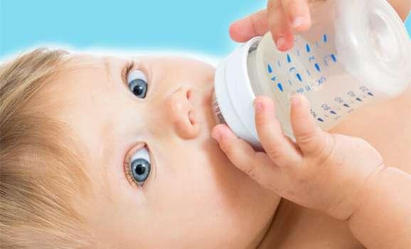 come scegliere acqua oligominerale per lattanti