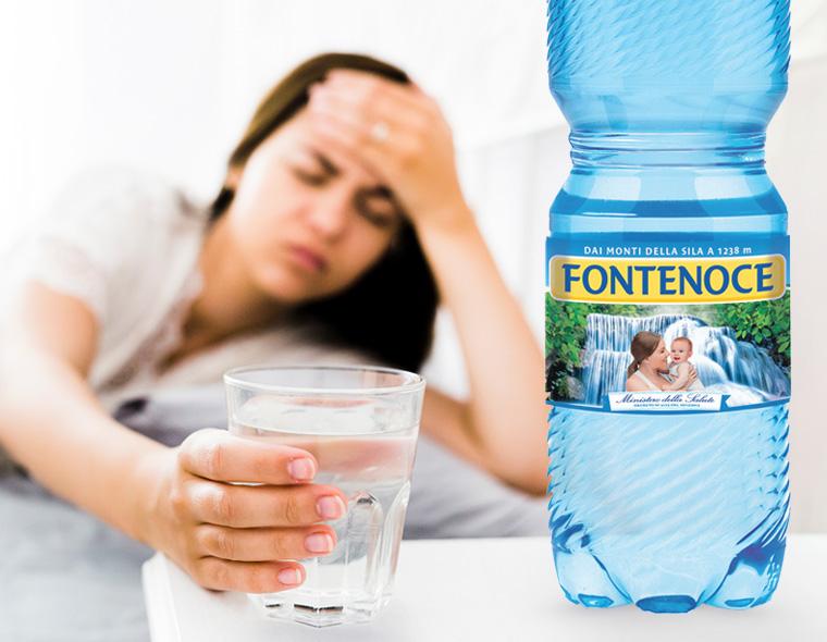 mal di testa da disidratazione